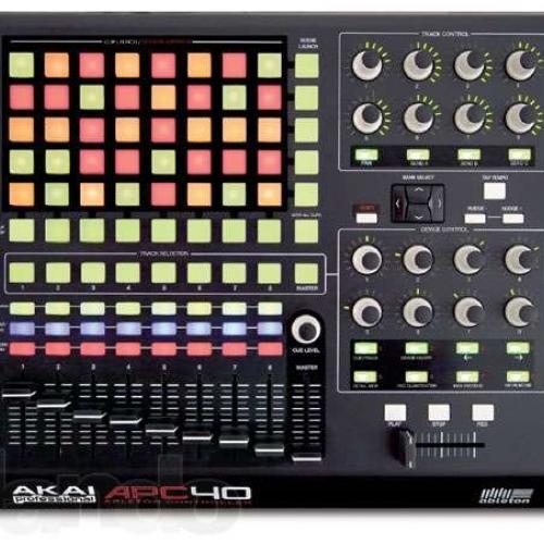 MIDI контроллер Akai Pro APC40  #2 - фото 2