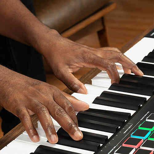 MIDI клавиатура M-Audio Oxygen Pro 49 #3 - фото 3
